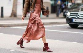 З яким взуттям поєднувати сукні міді?
