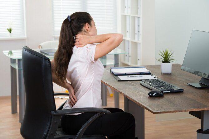 Фітнес-програма в офісі: 8 спортивних вправ для тих, у кого сидяча робота 2