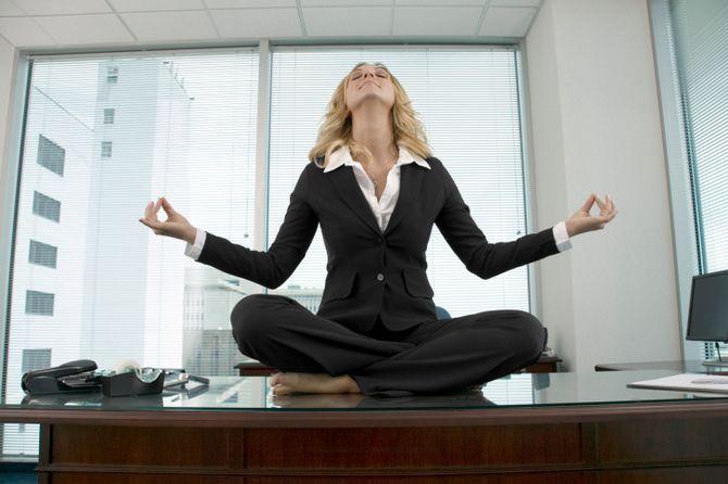 Фітнес-програма в офісі: 8 спортивних вправ для тих, у кого сидяча робота 6