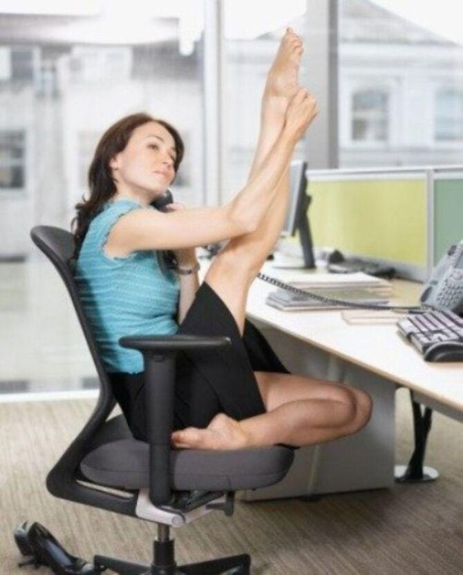 Фітнес-програма в офісі: 8 спортивних вправ для тих, у кого сидяча робота 7
