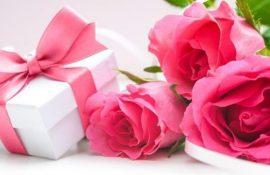 Привітання з Днем народження подрузі дитинства: вірші, проза, картинки