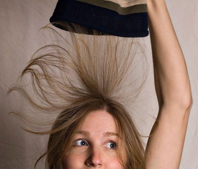 Проблема шапок: как избавиться от электризации волос? 1