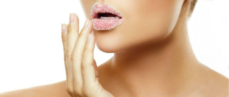 Ухаживаем за губами: зачем им нужен пилинг, крутые рецепты скрабов для губ своими руками