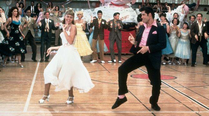 Джон Траволта з донькою повторили танець з фільму «Бріолін» і підірвали інтернет 4