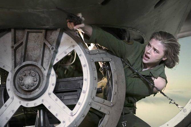 Бойовик з елементами жахів «Повітряний бій»: у небі буде складно вижити 3