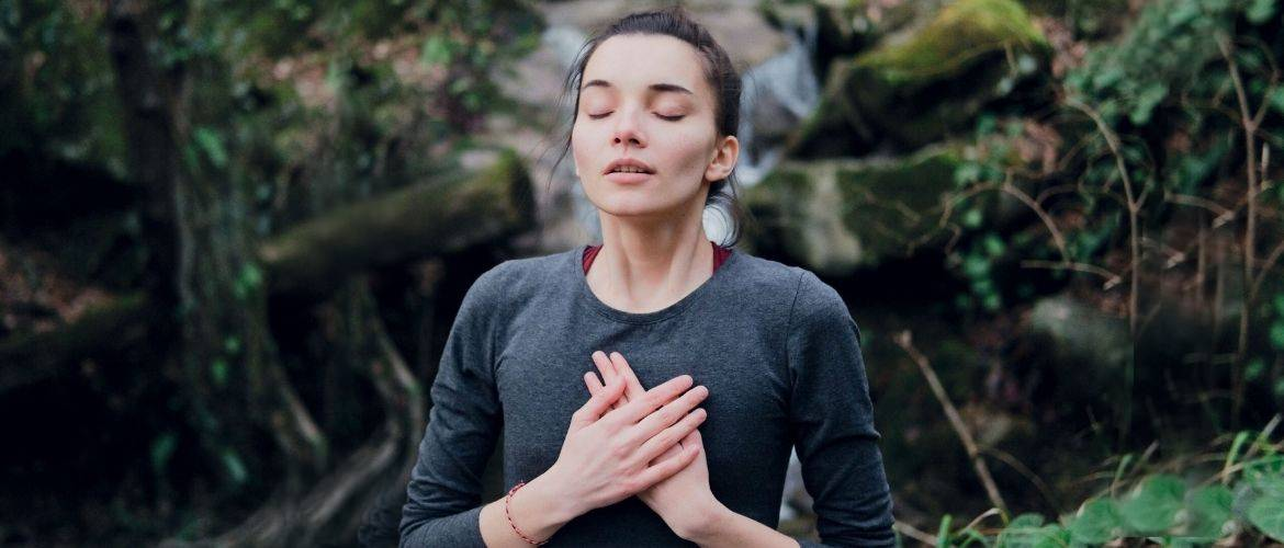 Техніка глибокого дихання: як дихати, щоб розслабитися, позбутися стресу й хвороб