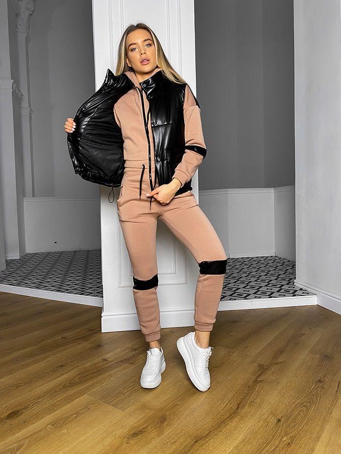 Дутый жилет – модная вещь в гардеробе каждой девушки 18