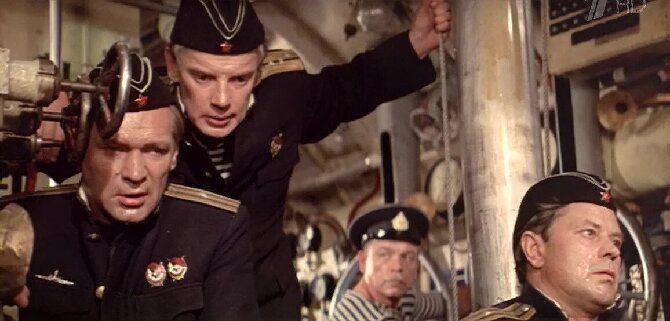 «Убрать перископ» и еще 8 лучших фильмов про подводные лодки и подводников 9
