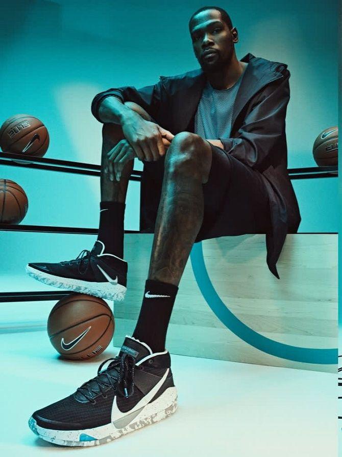 Модные кроссовки для баскетбола: самые стильные спортивные модели 1