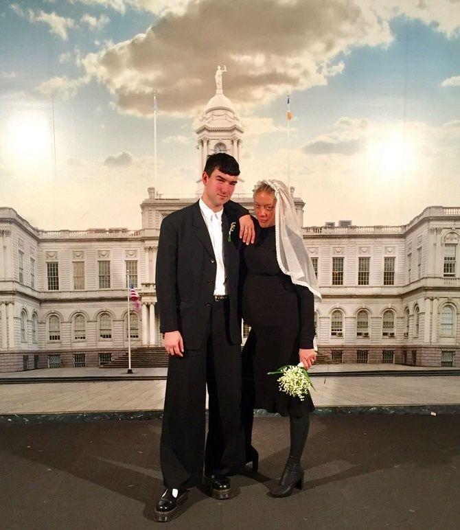 Хлоя Севиньи призналась, что тайно вышла замуж за возлюбленного Синишу Маковича 1