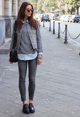 С чем носить серые джинсы – популярные модели этого года? 11