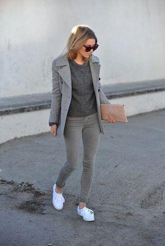 С чем носить серые джинсы – популярные модели этого года? 13