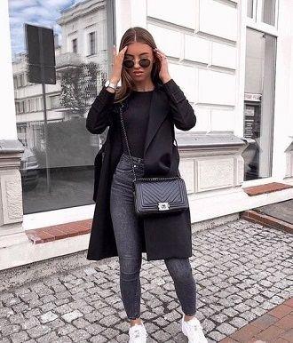 С чем носить серые джинсы – популярные модели этого года? 4
