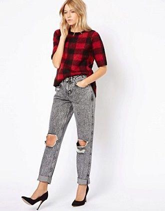 С чем носить серые джинсы – популярные модели этого года? 10