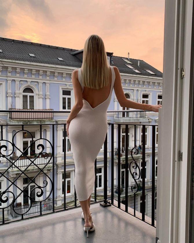 Наймодніші сукні з відкритою спиною 2021 23