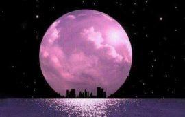 Повня у квітні 2021: Суперповня та Рожевий місяць