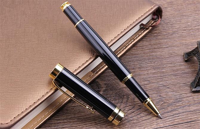 Премиальные ручки в подарок: как выбрать оригинальные и полезные презенты 1