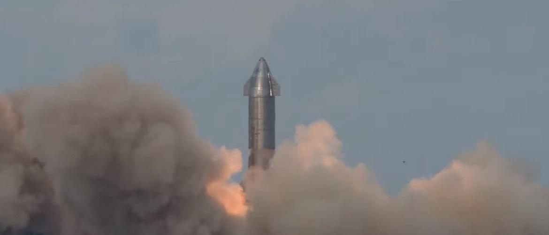 Прототип космического корабля Starship SpaceX для полетов на Марс взорвался после успешной посадки