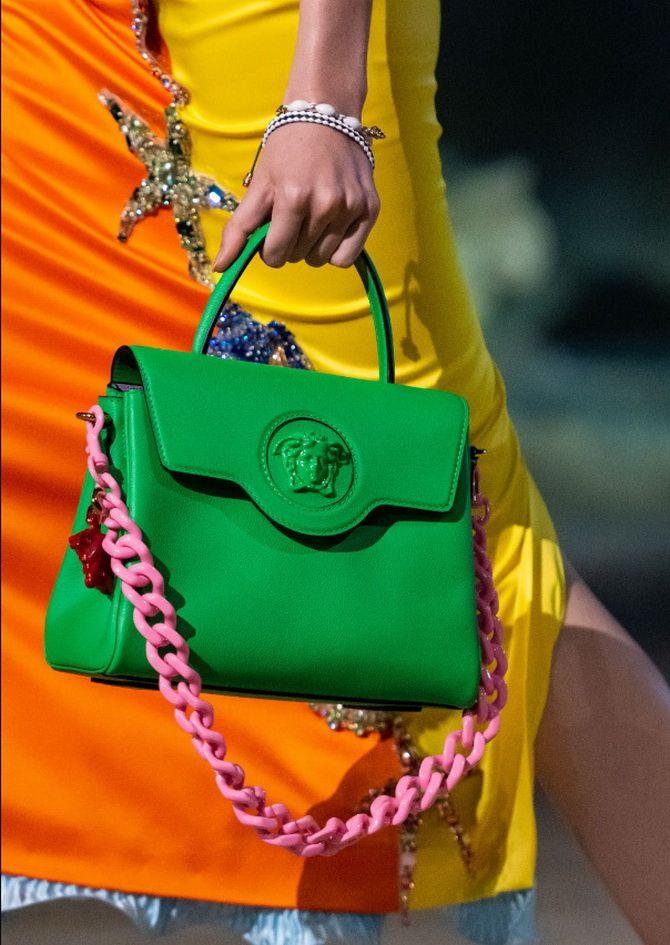 8 тенденций модных сумок для сезона весна-лето 2021 1