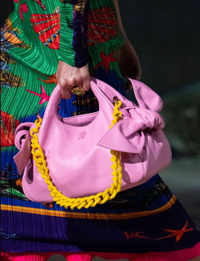 8 тенденций модных сумок для сезона весна-лето 2021 2