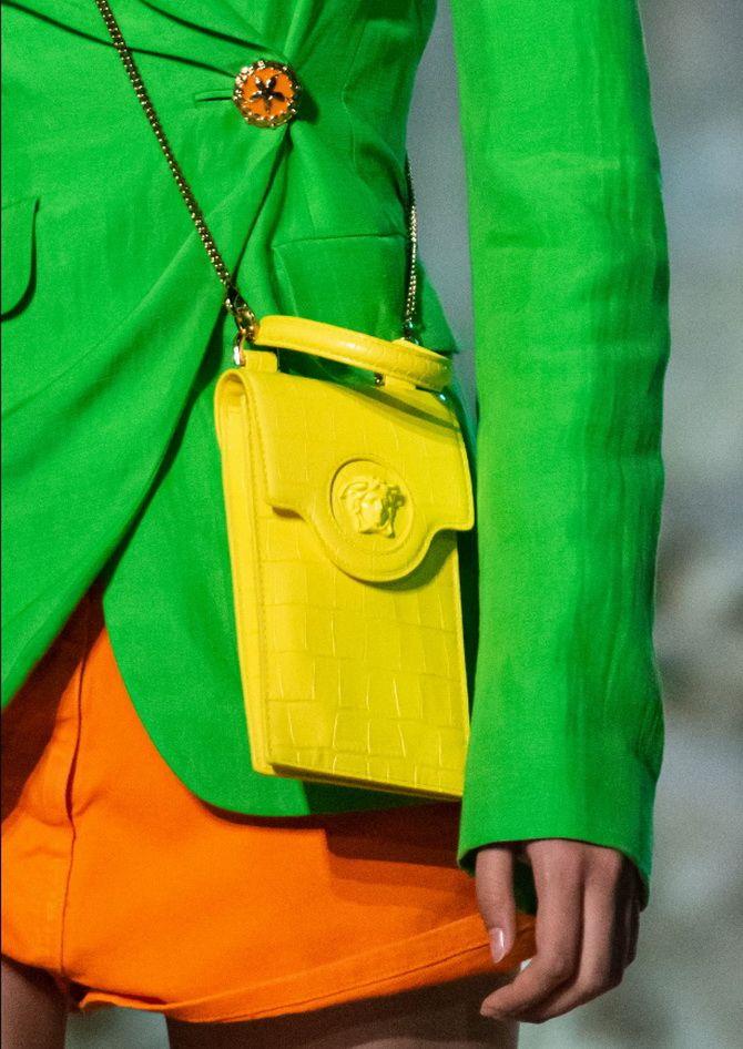 8 тенденций модных сумок для сезона весна-лето 2021 16