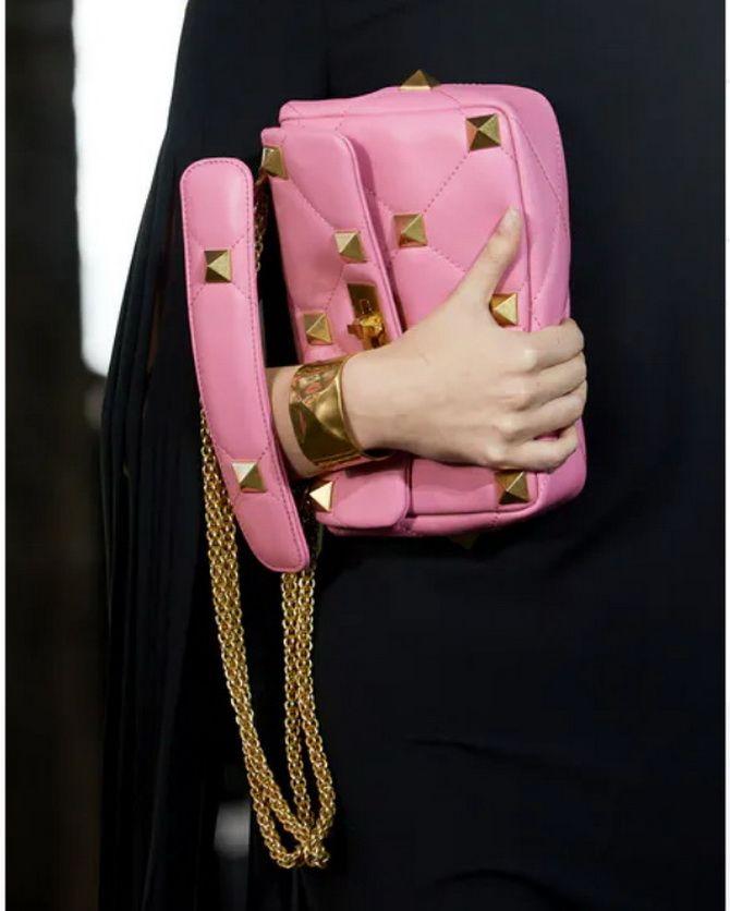 8 тенденций модных сумок для сезона весна-лето 2021 5
