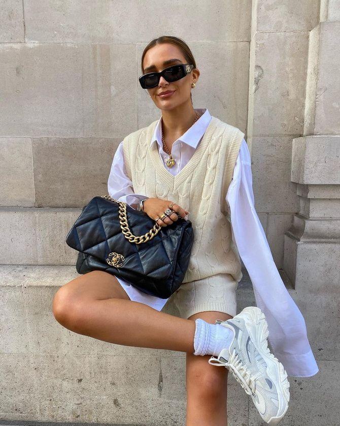 Модний трикотажний жилет в стилі препп: стильні поєднання на весну 2021 13