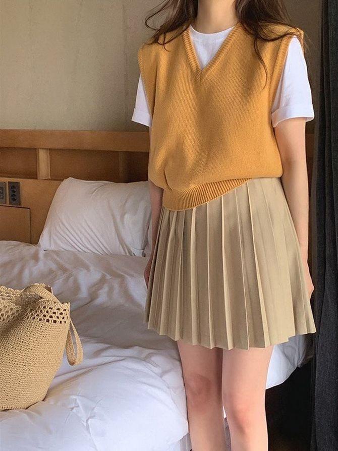 Модний трикотажний жилет в стилі препп: стильні поєднання на весну 2021 16