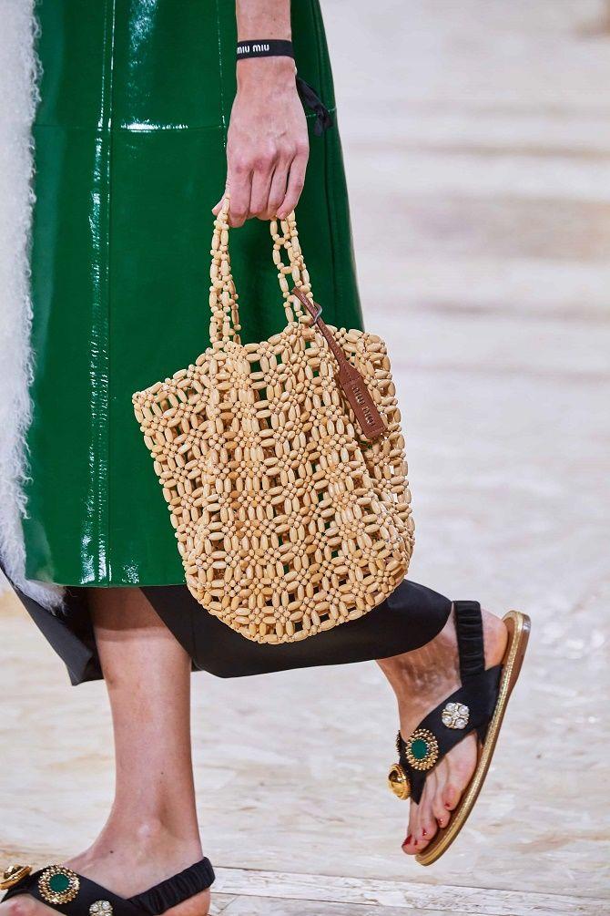 Авоськи и корзины – самые модные сумки лета 2021 года 12