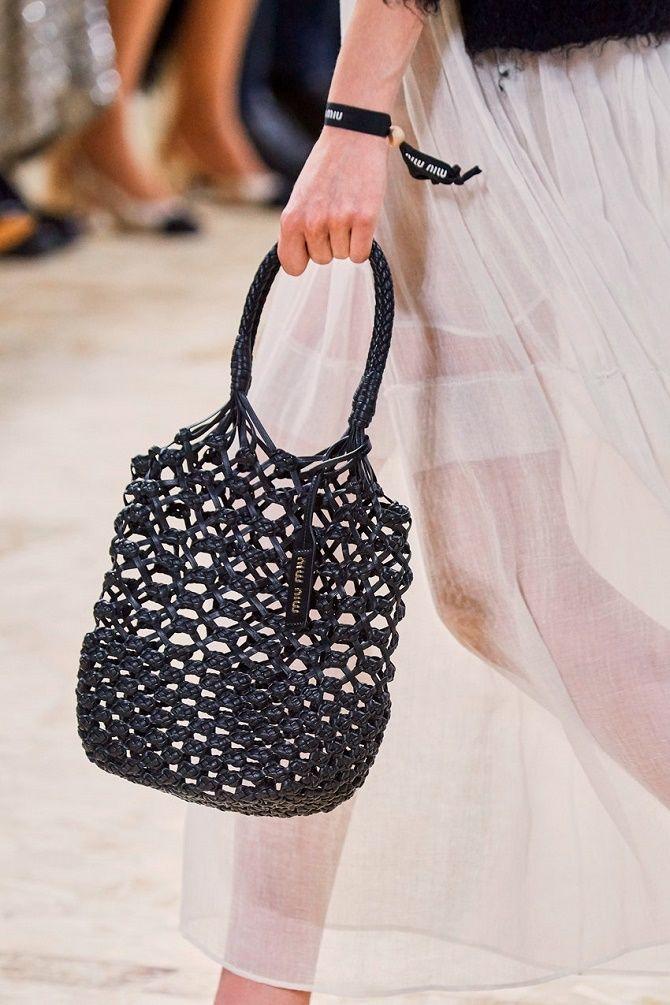 Авоськи и корзины – самые модные сумки лета 2021 года 9