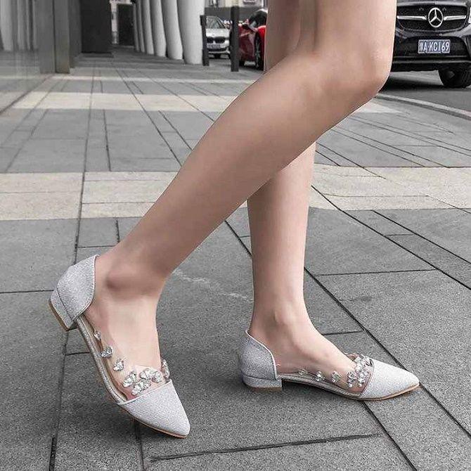 Краса і практичність: наймодніші балетки сезону весна-літо 2021 11