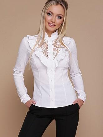 Біла блуза з воланами – найромантичніший тренд сезону весна-літо 2021 1