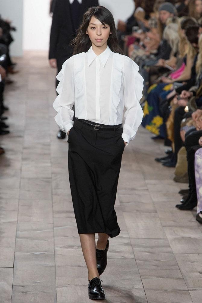 Біла блуза з воланами – найромантичніший тренд сезону весна-літо 2021 18