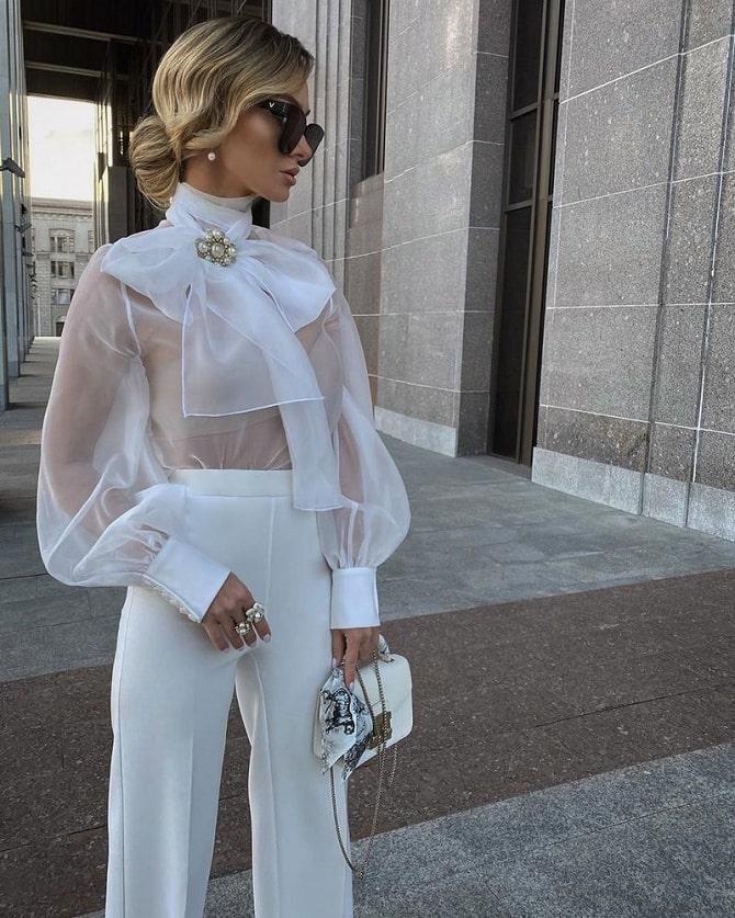 Біла блуза з воланами – найромантичніший тренд сезону весна-літо 2021 8