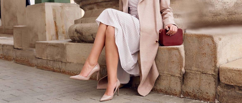 Бежевые туфли на высоком каблуке — с чем носить?