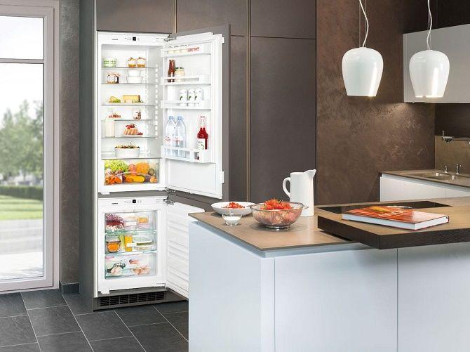 Обновляем кухню: как подобрать встраиваемый холодильник к интерьеру? 3