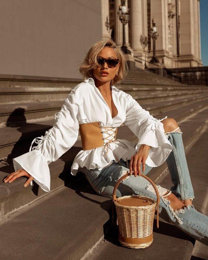 Як носити модний тренд 2021 – корсет 13