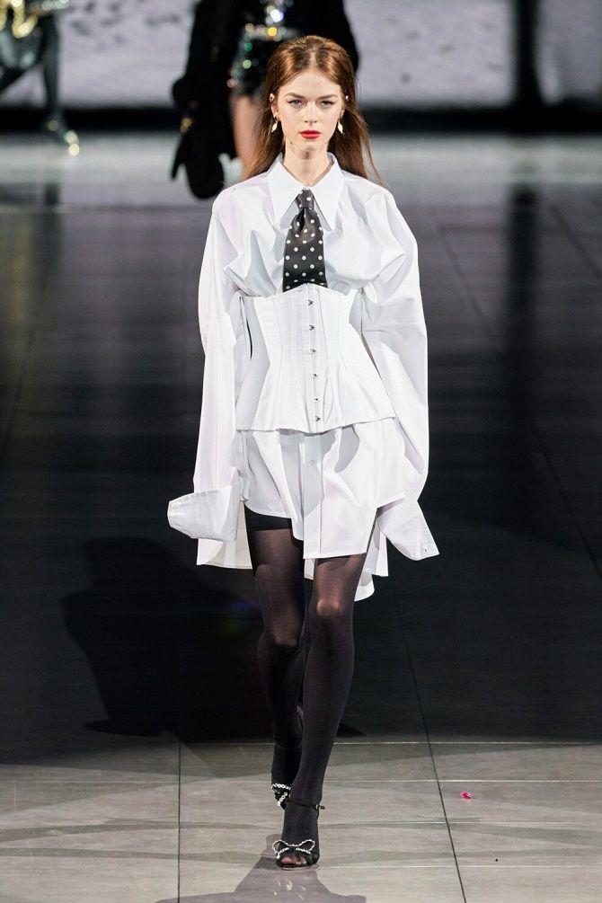 Як носити модний тренд 2021 – корсет 4