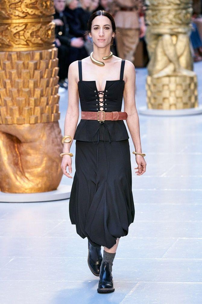 Як носити модний тренд 2021 – корсет 5