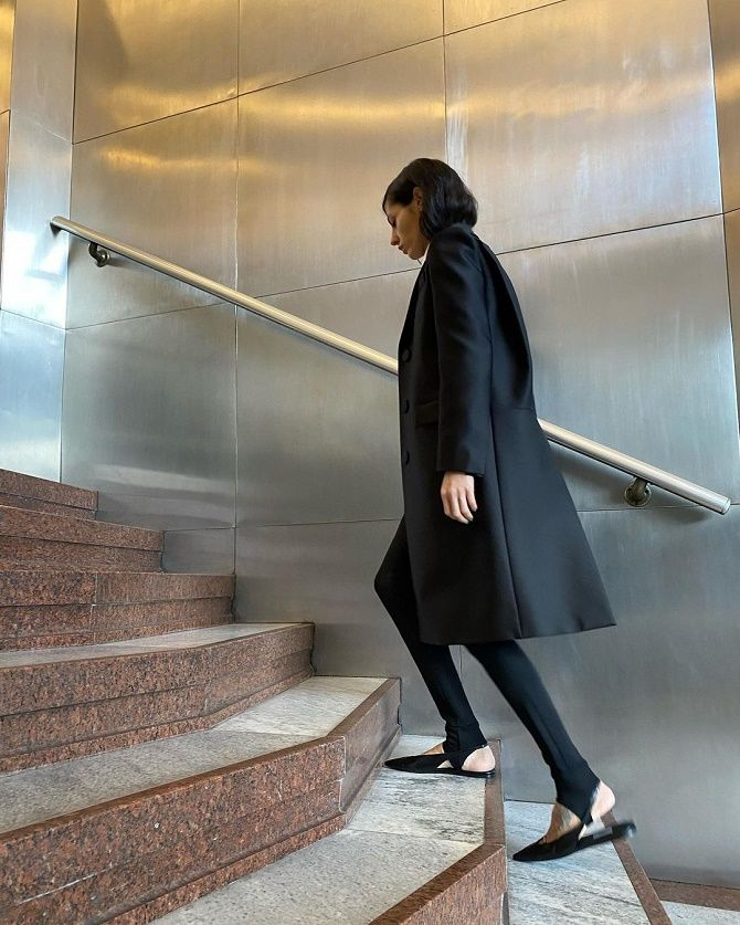 Леггинсы со штрипками: модный тренд весны и лета 2021 14