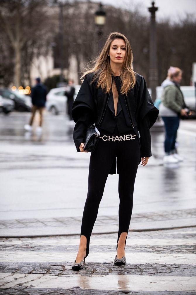 Леггинсы со штрипками: модный тренд весны и лета 2021 15