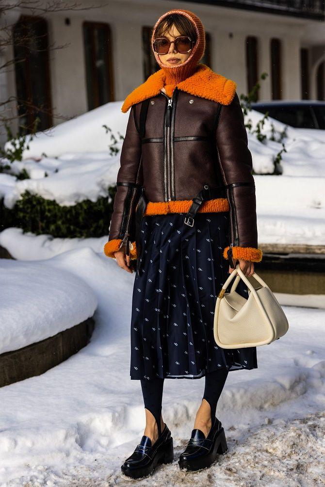 Леггинсы со штрипками: модный тренд весны и лета 2021 9