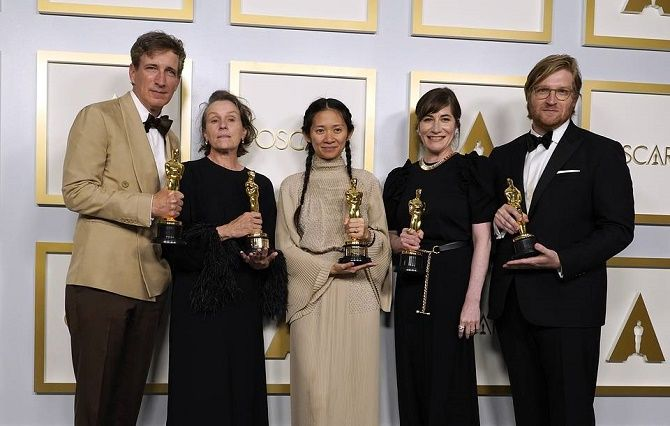 Оскар-2021: триумф «Земли кочевников» и Энтони Хопкинса 1