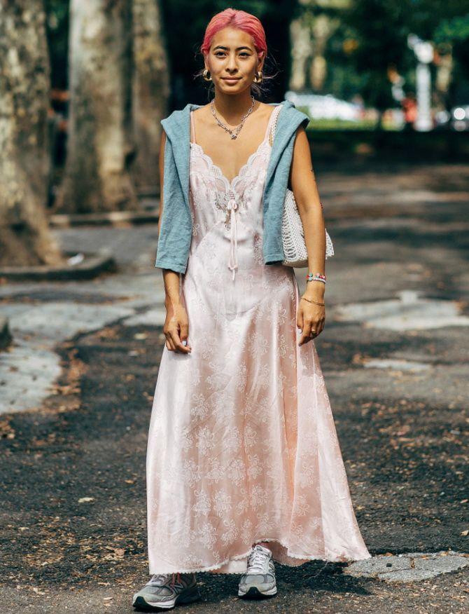 5 способов, как носить платье-комбинацию на любой случай 4