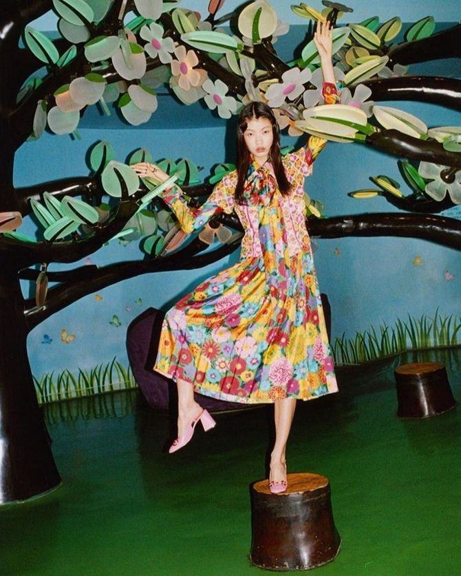Модні сукні з квітковим принтом на весну 2021 23