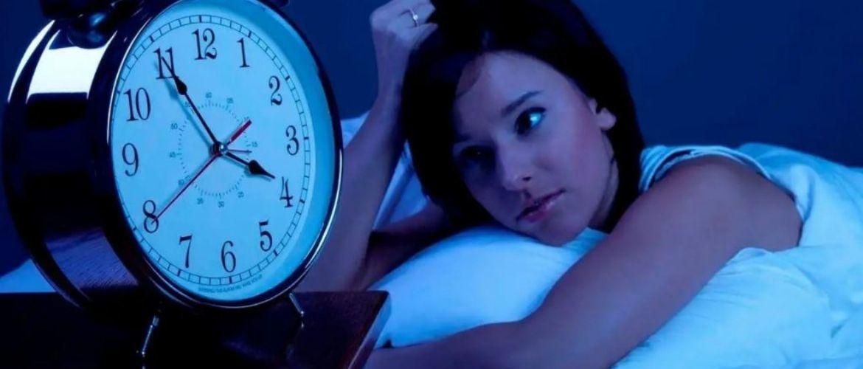 Не їжте на ніч! Продукти, від яких краще відмовитися перед сном