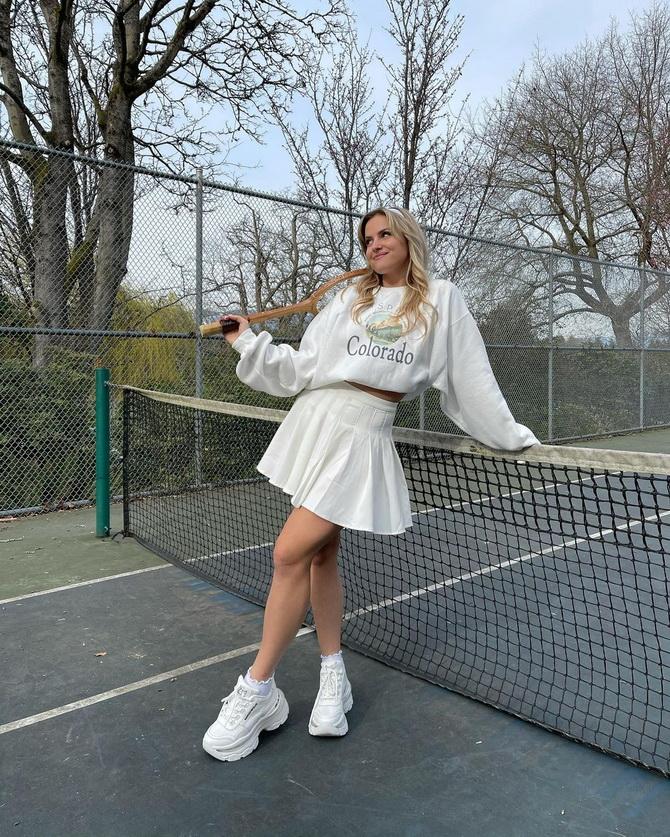 З чим носити тенісну спідницю: стильні варіанти і поєднання 17