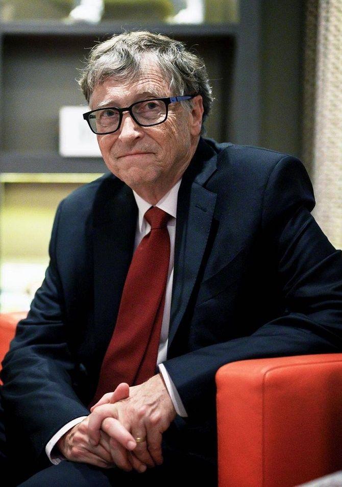 Билл Гейтс ушел из совета директоров Microsoft из-за интимной связи с коллегой 2