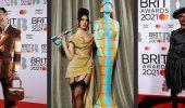 Атлас, сетка и много блеска: лучшие наряды красной дорожки Brit Awards 2021