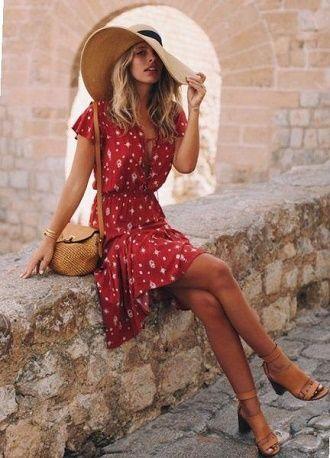 Как носить чайное платье – главный аристократичный тренд лета 2